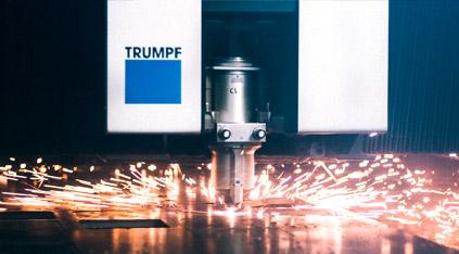 Corte por láser de chapa con maquinaria TRUMPF Lasertek