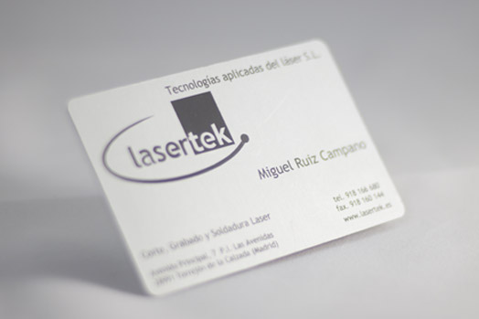 Grabado laser de metales Lasertek 5