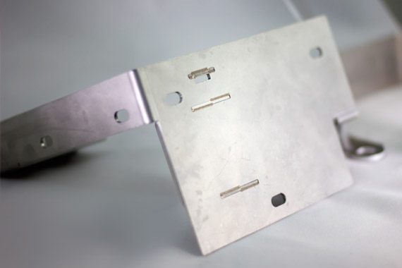 Plegado de piezas metalicas Lasertek 6