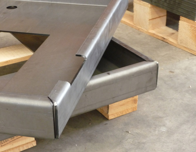 Plegado de piezas metalicas Lasertek