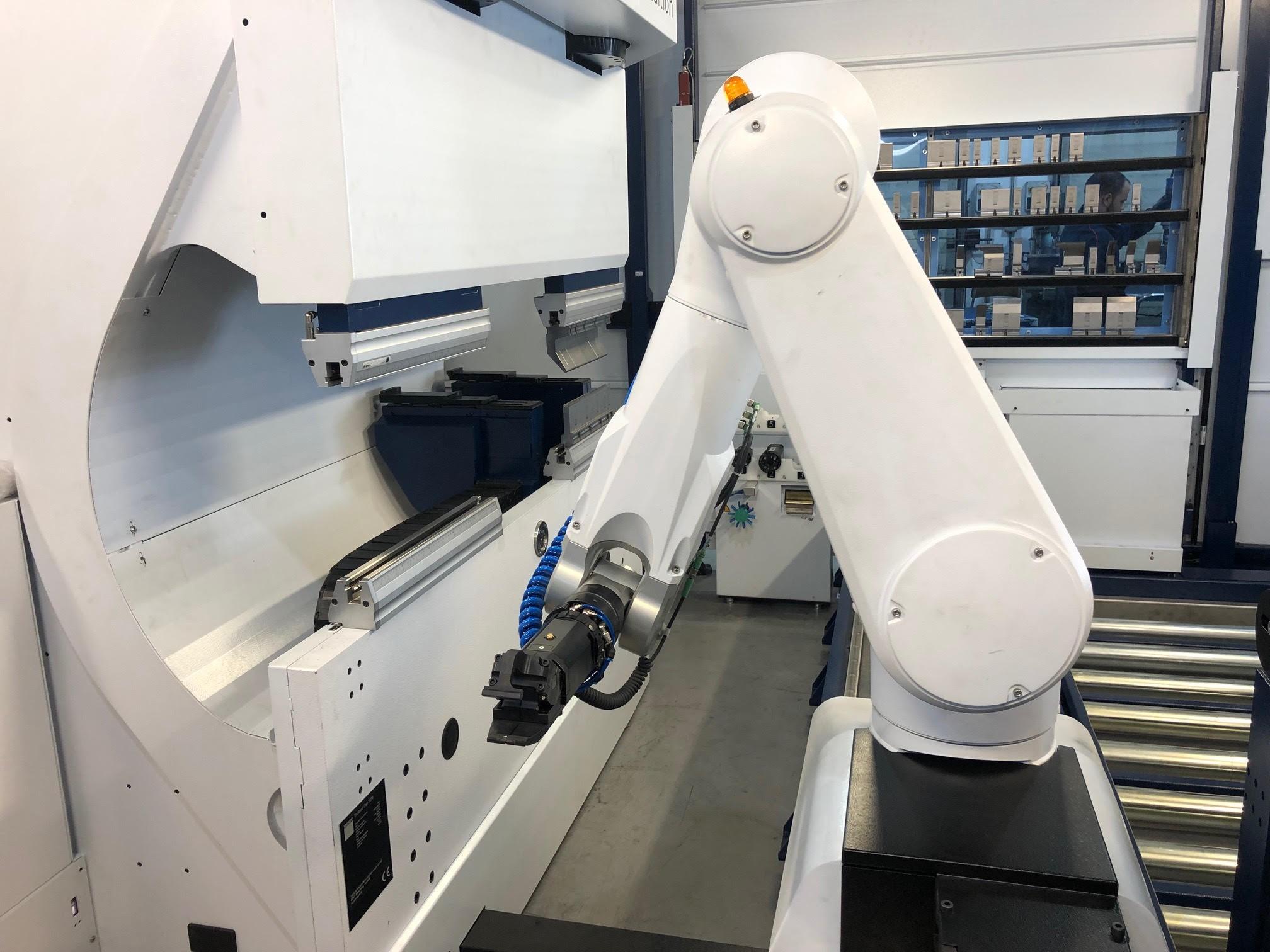 robot plegador Lasertek
